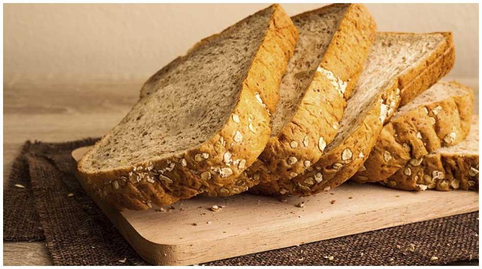 Un estudio sugiere que comer algunos carbohidratos, pero no demasiados, podría ayudarlo a vivir más tiempo